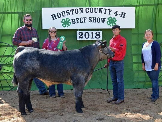 Senior High Showmanship winner was John Clay Coleman.