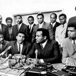 Dougherty: Willie Davis stood up for Ali