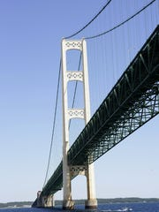 The Mackinac Bridge looking north