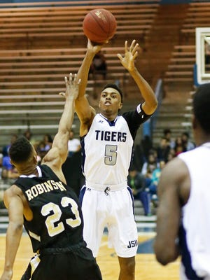 Paris Collins (5), pictured against UAPB, scored 16 points in JSU's loss to Alabama A&M on Saturday.