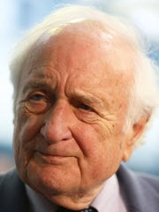 Congressman Sander Levin of Michigan chats with the