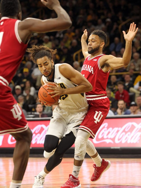 636233179992278634-IOW-0221-Iowa-vs-Indiana-mbb-14.jpg