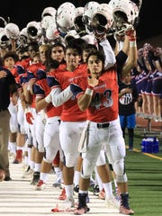 Tulare Western hosts South-Bakersfield in a non-league high school football game at Bob Mathias Stadium on Sept. 22, 2017.