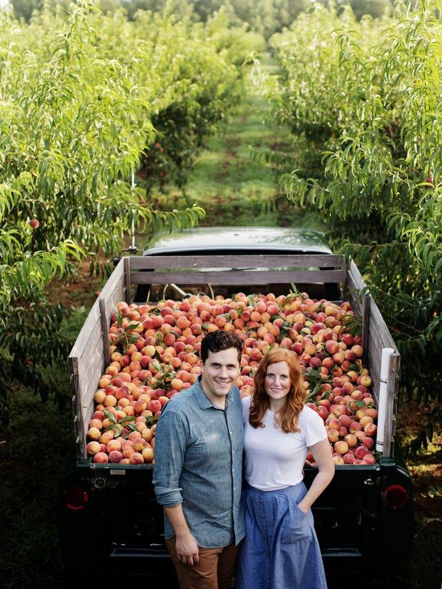 Famous Georgia peach truck making pit stops in Michigan