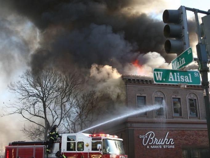 El incendio que acabó con el Edificio Bruhn que se