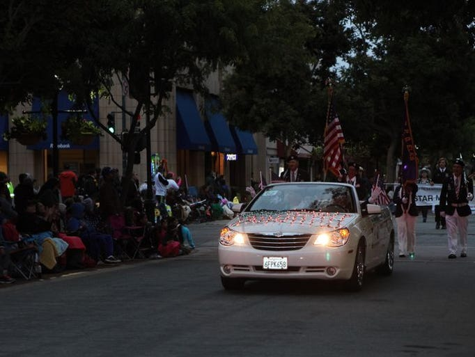 El desfile Colmo del Rodeo da inicio a la semana Big