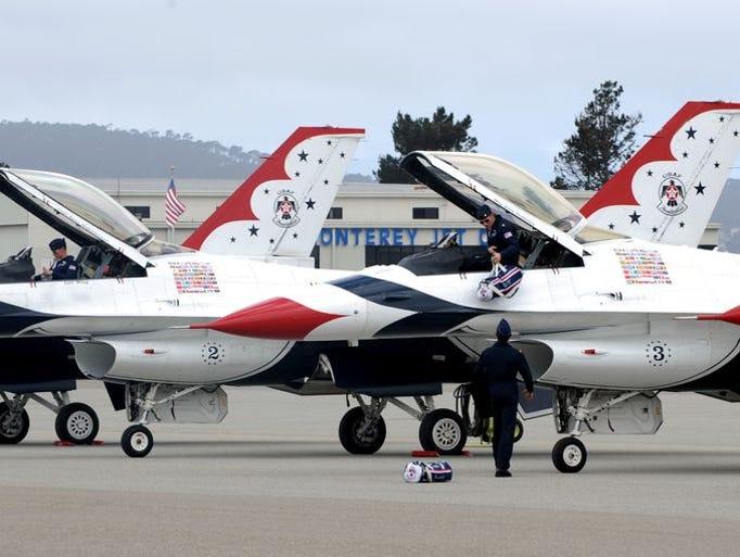 La llegada de los Thunderbirds de las Fuerzas Aéreas