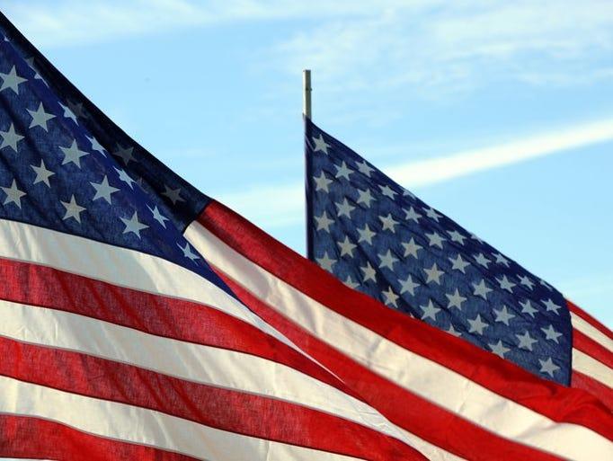 Salinas celebró a sus veteranos con un desfile y otros