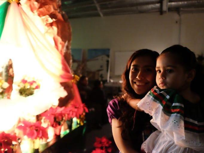 Delilah Vasquez con Arianna Gonzalez en la Noche de