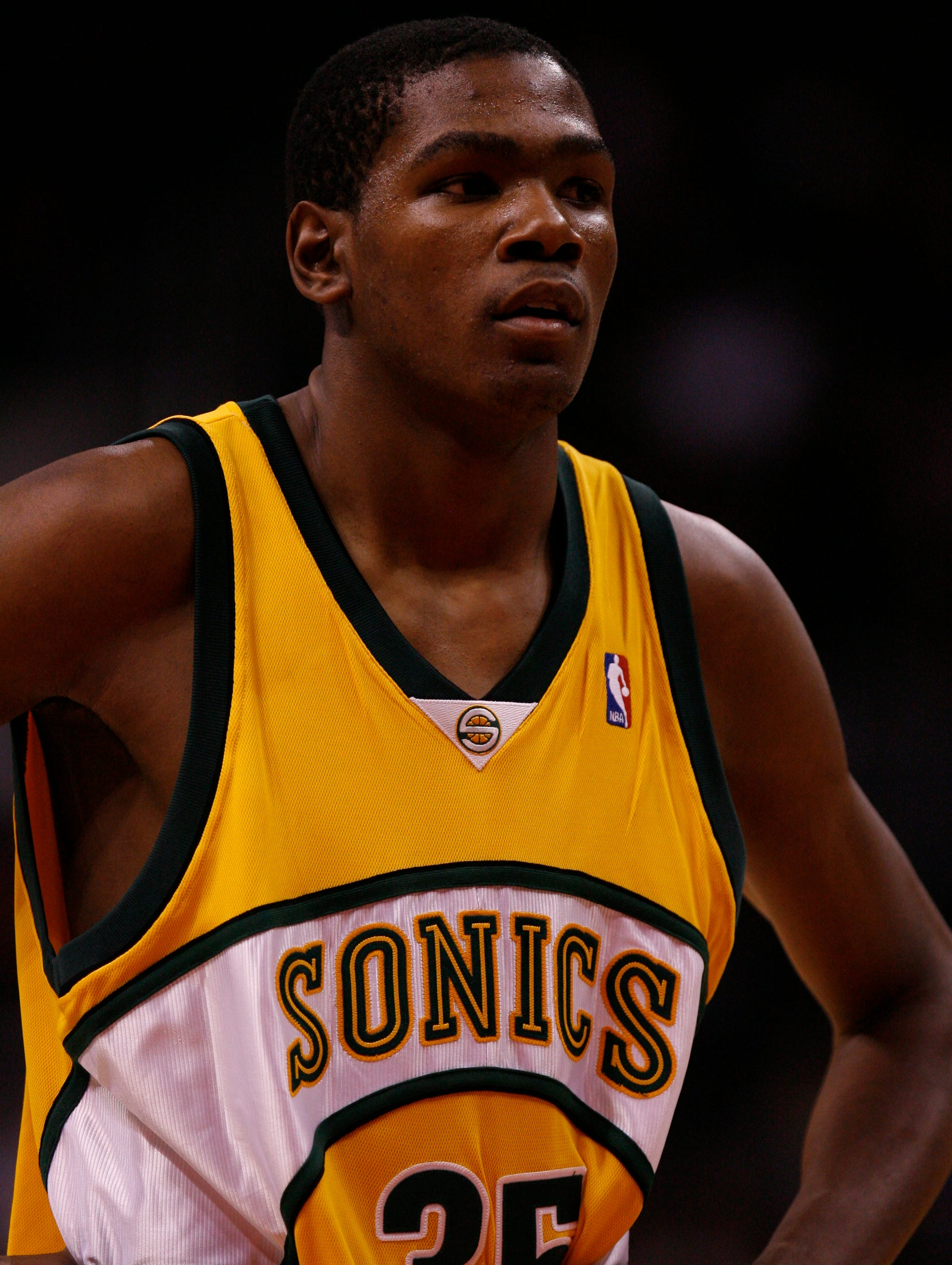 8-11-kevin-durant-sonics-file