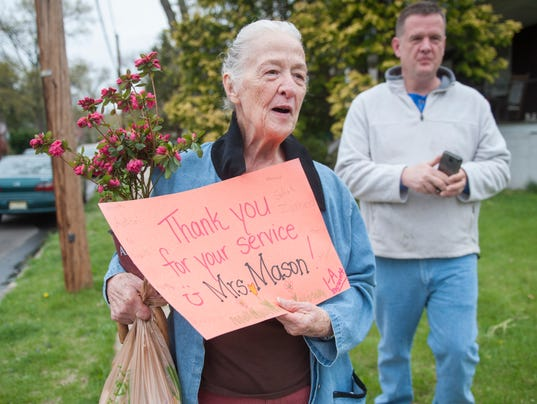 Students surprise crossing guard for 50 years on the job