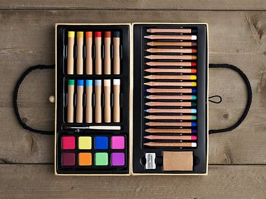 The Artists Attache Kit comes with pencils, pastels