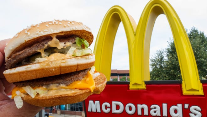 McDonald's serves 9,056 free meals to Northwest Florida heroes amidst pandemic.
