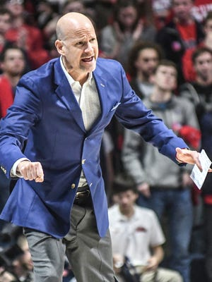 Andy Kennedy's Ole Miss squad has lost a couple of games recently due to some poor late-game execution.