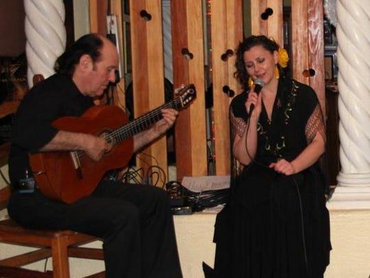 """El estudio de baile """"Un corazón flamenco"""" donó su talento."""