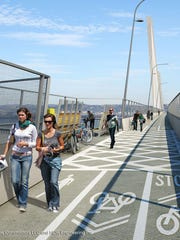 A rendering of the shared-use path on the New NY Bridge.