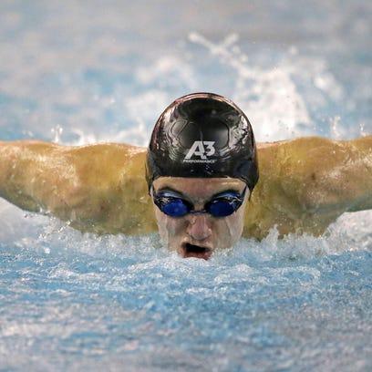 Rocke, Boehnlein lead Neenah swimmers