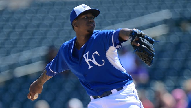Kansas City Royals starting pitcher Yordano Ventura (30) pitches against the Los Angeles Dodgers at Surprise Stadium.