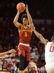 Iowa State Cyclones guard Lindell Wigginton (5) passes