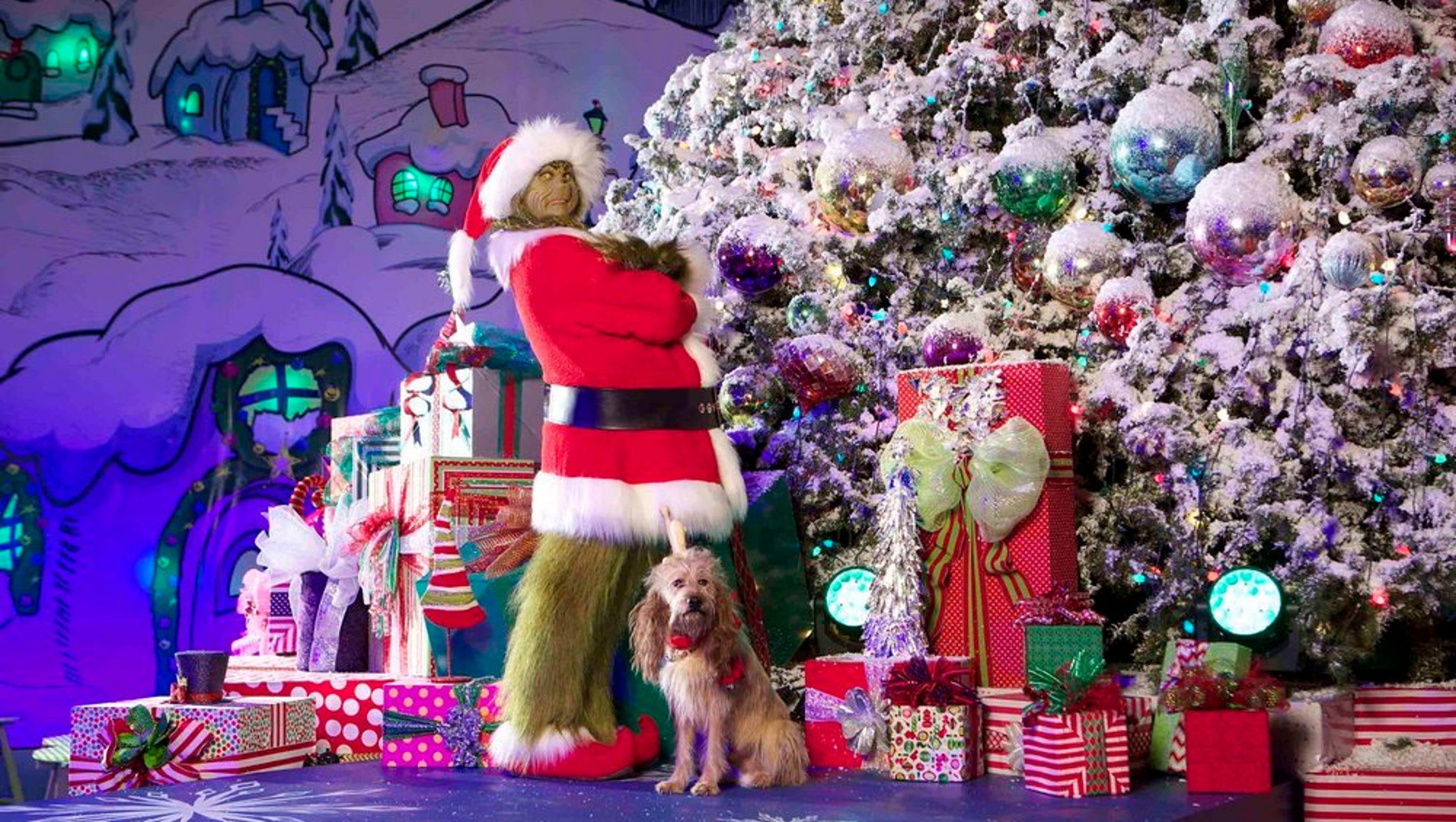 Holidays at Universal Studios parks