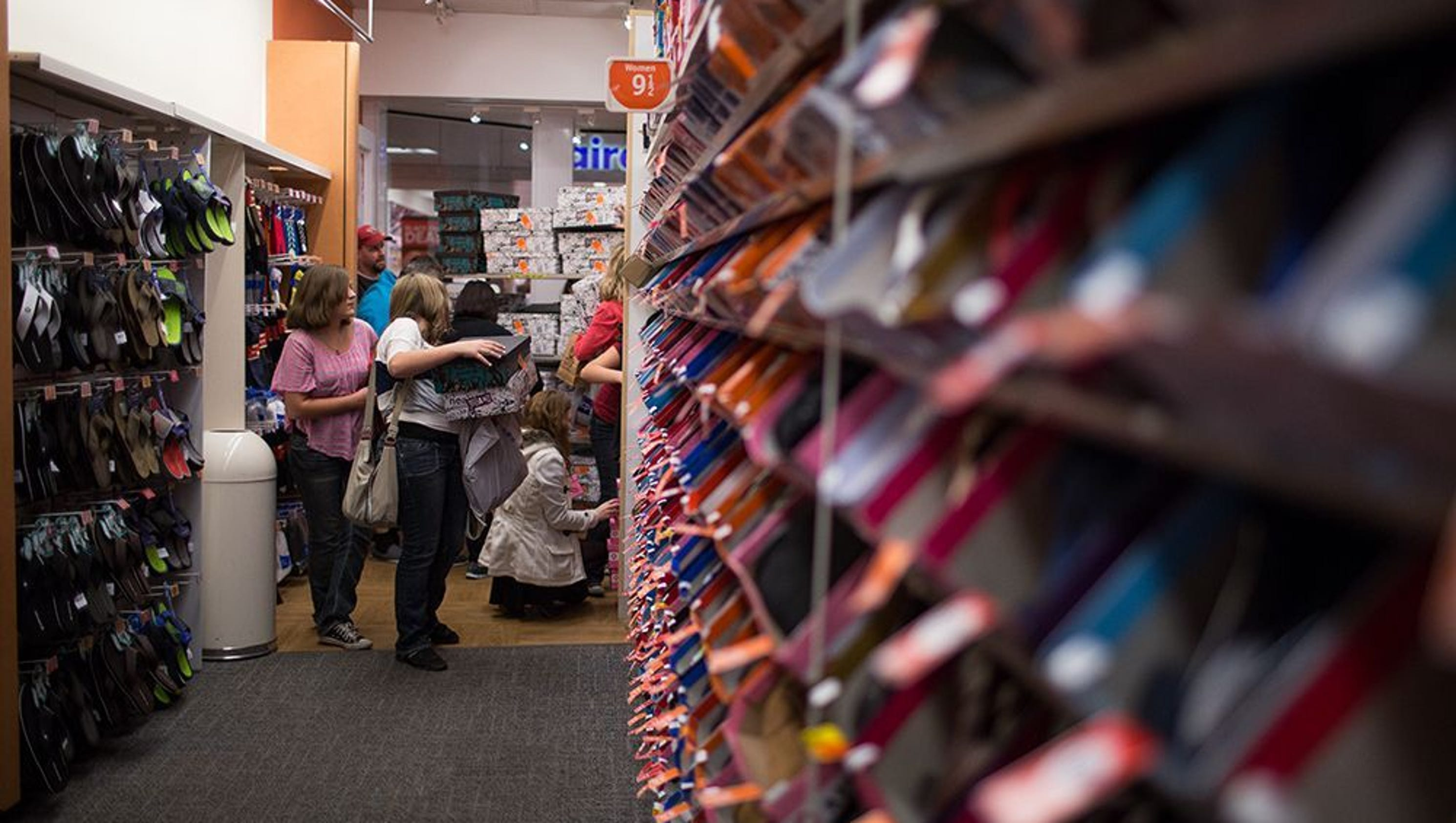 Shoe Stores Open Today