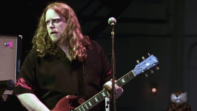 "Guitar hero Warren Haynes is among the performers set to play ""Love Rocks NYC."""