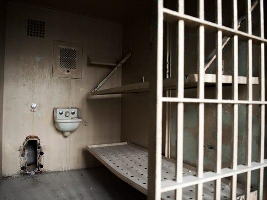 636517967049566480-jl-camden-jail-11218-11.JPG