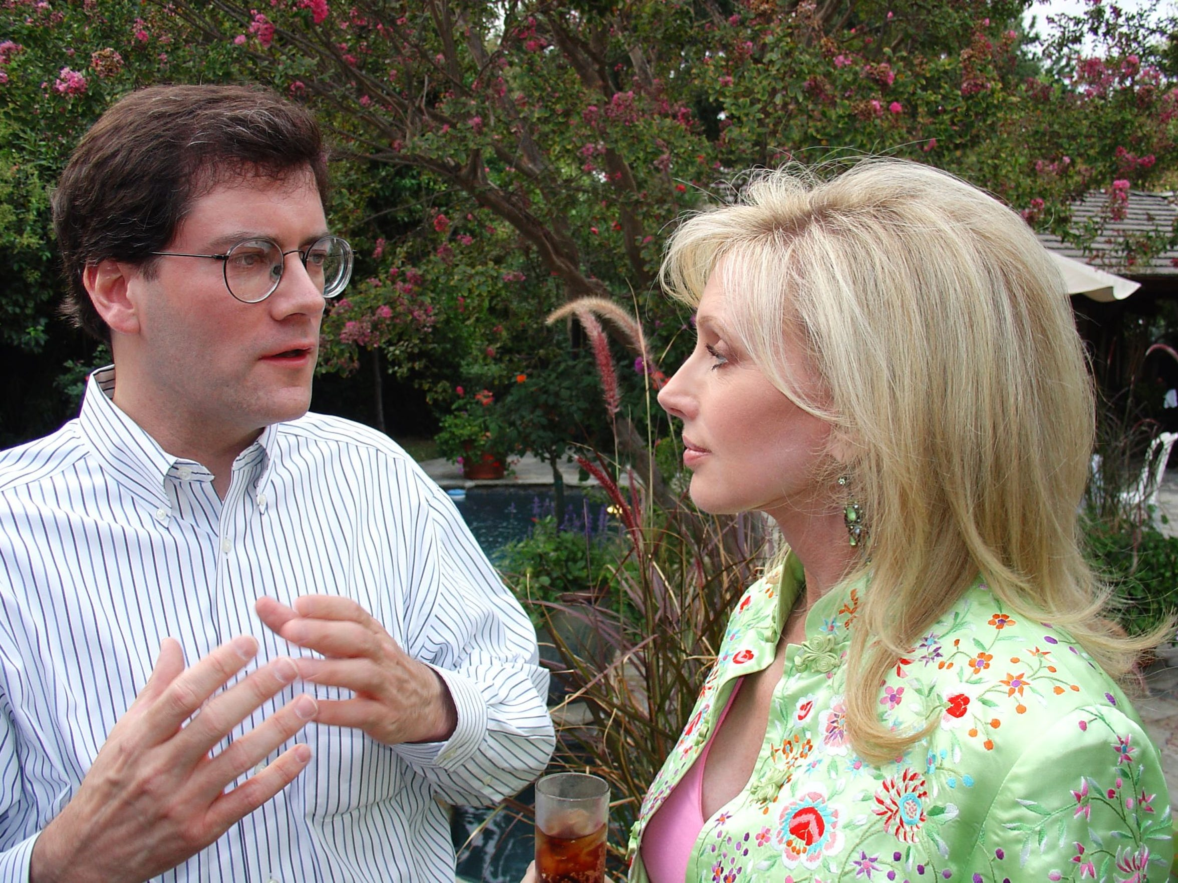 In 2005, Jim Reed worked on the campaign of actress