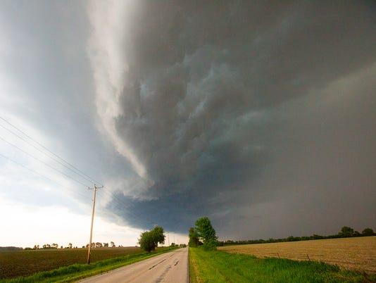 636000706548722468-FON-fdl-county-storm-052816014.jpg