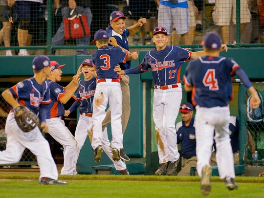Maine-Endwell defeated Bowling Green Kentucky 13-10 Wednesday at the Little League World Series in Williamsport.