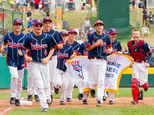 Maine-Endwell celebrates its 2-1 victory over East Seoul for Little League World Series Championship.