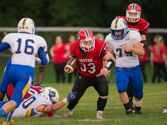 20160909_Lansing_Groton_Football_sw