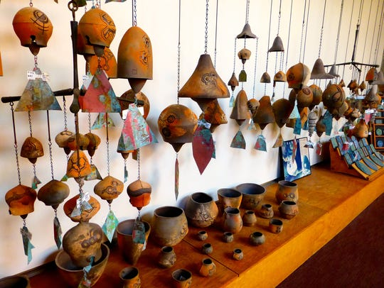 Arcosanti | Sales of windbells cast in the Arcosanti