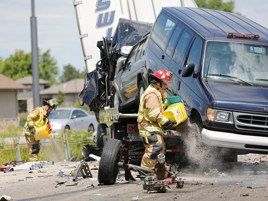 636193935827193483-FON-070516-fatal-crash-15.jpg