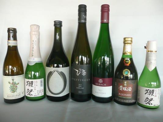 636294178548039136-636277913028367524-Wine-pairing.jpg