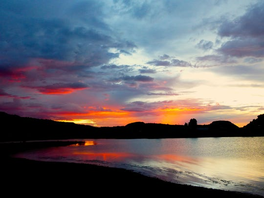A post-monsoon sunset adds a dash of color to Lyman