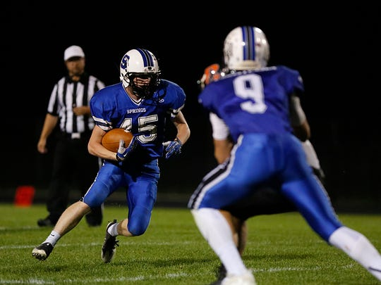St. Mary's Springs Academy football's Zach Austin runs the ball against Reedsville Friday October 20, 2017. Doug Raflik/USA TODAY NETWORK-Wisconsin
