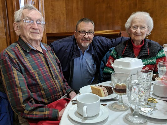 Seniors club hosts holiday luncheon PHOTO CAPTION