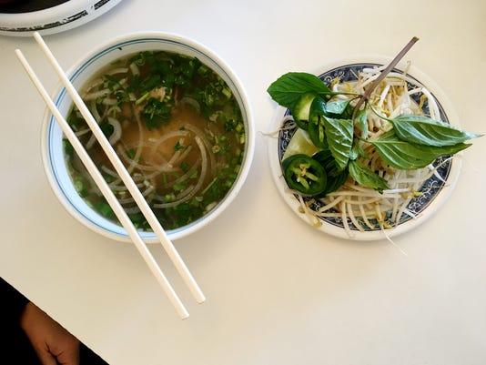 636505883663899329-Vietnamese-Restaurant-02.JPG