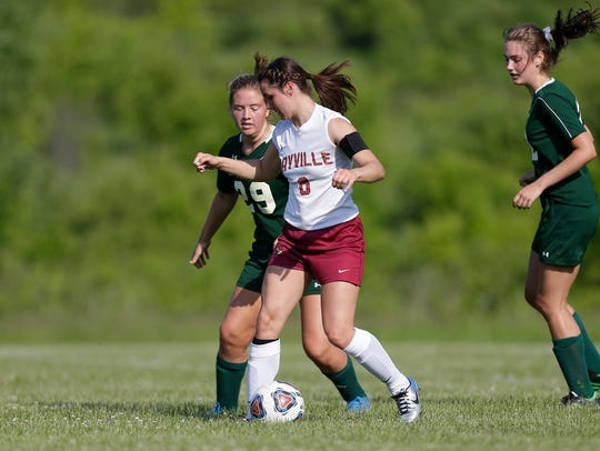 Mayville senior Rachel Wagner is the 2018 Fond du Lac Reporter Media All-Area Girls Soccer Player of the Year.