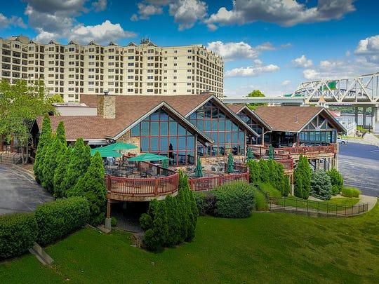 Buckhead Mountain Grill, 707 W Riverside Dr., Jeffersonville, Indiana