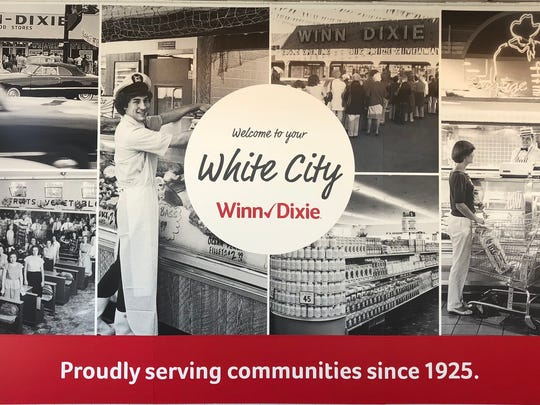 The recently remodeled White City Winn-Dixie in Fort Pierce has a new mural.