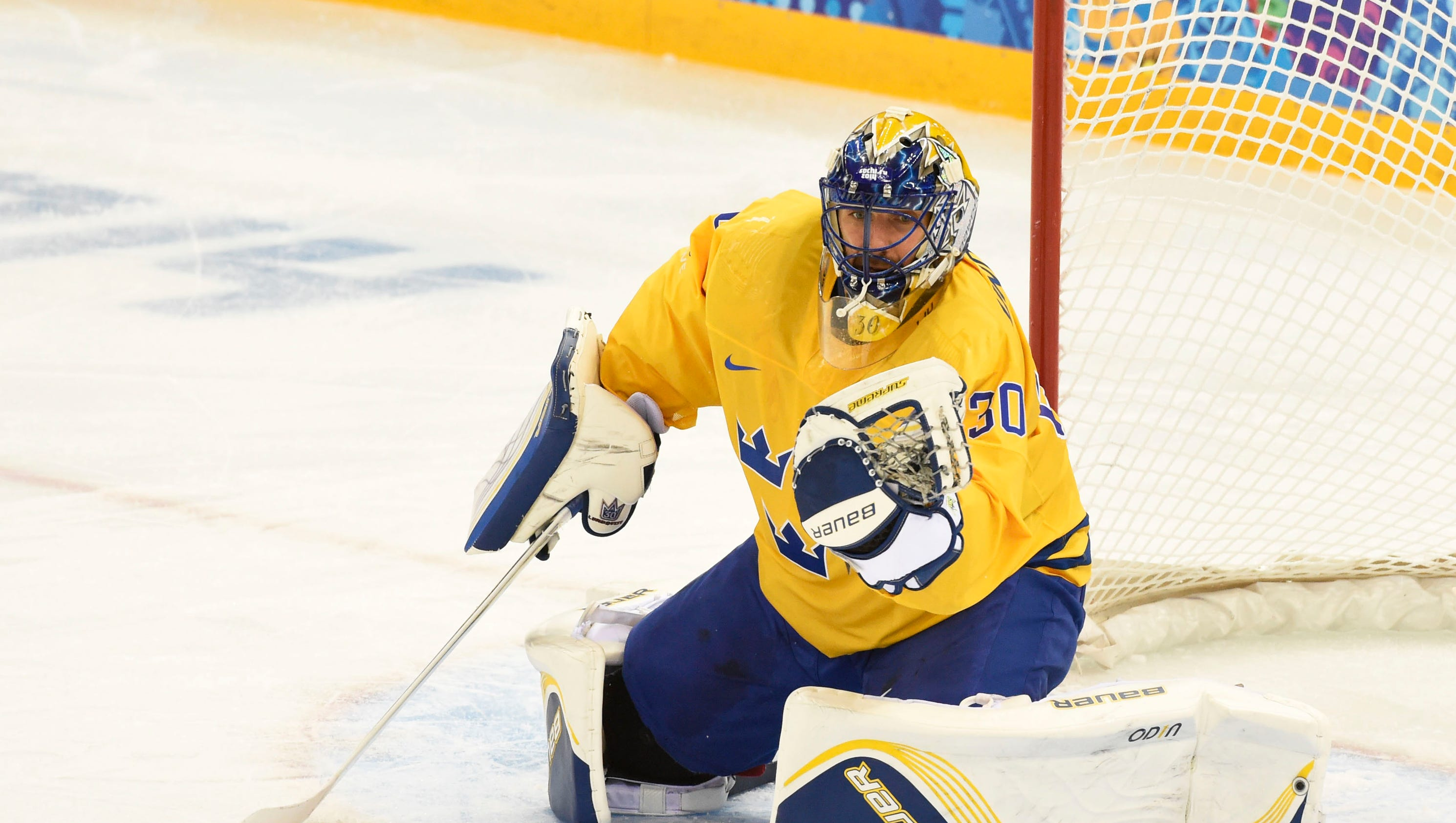 636268411741752070-usp-olympics-ice-hockey-men-s-prelim-round-swe-vs-62028402