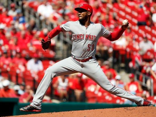 636410023537169472-Reds-Cardinals-Baseball-GI7JLHMIU.1.jpg