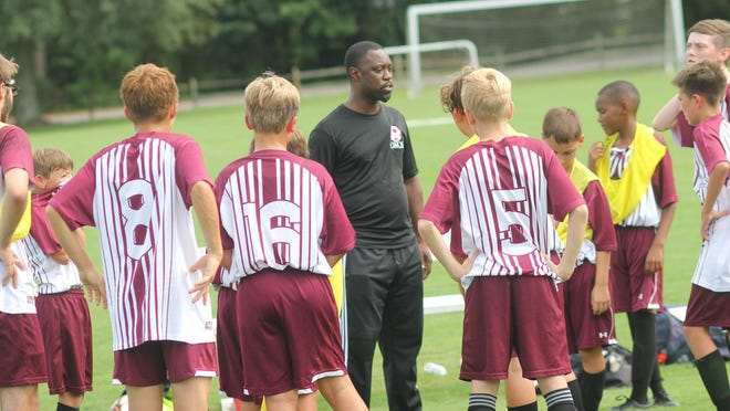 Darnell Carroll is a 2000 White Oak graduate and a brother of Vikings' soccer coach Buddy Carroll. Darnell Carroll is now head coach of Living Water Christian School.