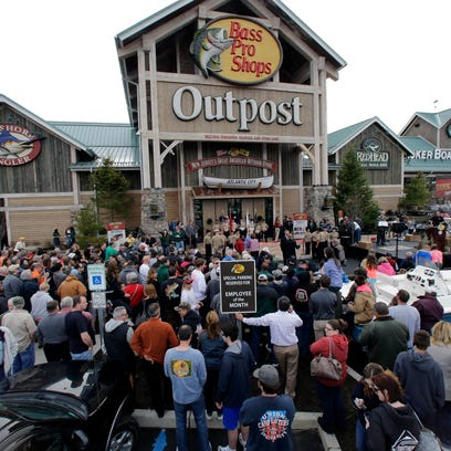 Bass Pro CEO: I discussed merger with Cabela's executives twice years ago