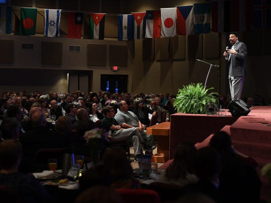 Birth Choice hosted Dr. Tony Evans during a fund raising event, Thursday, April 5, at North Side Assembly of God. Dr. Evans, President of The Urban Alternative, spoke on the topic of hope.