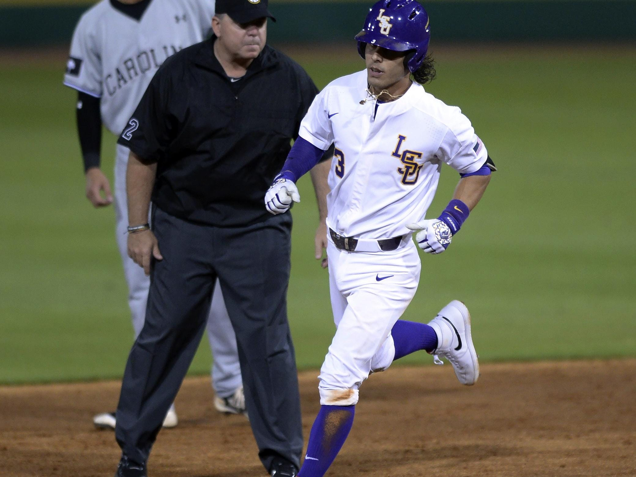 LSU's Kramer Robertson (3) has been named the SEC Player of the Week.
