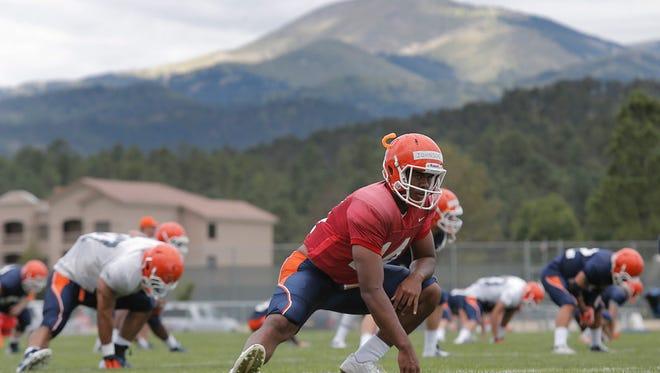 UTEP quarterback Kavika Johnson