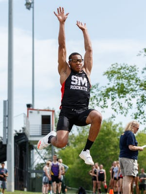 South Milwaukee's Jefferson Osunkwo competes in the long jump at a meet in 2017.